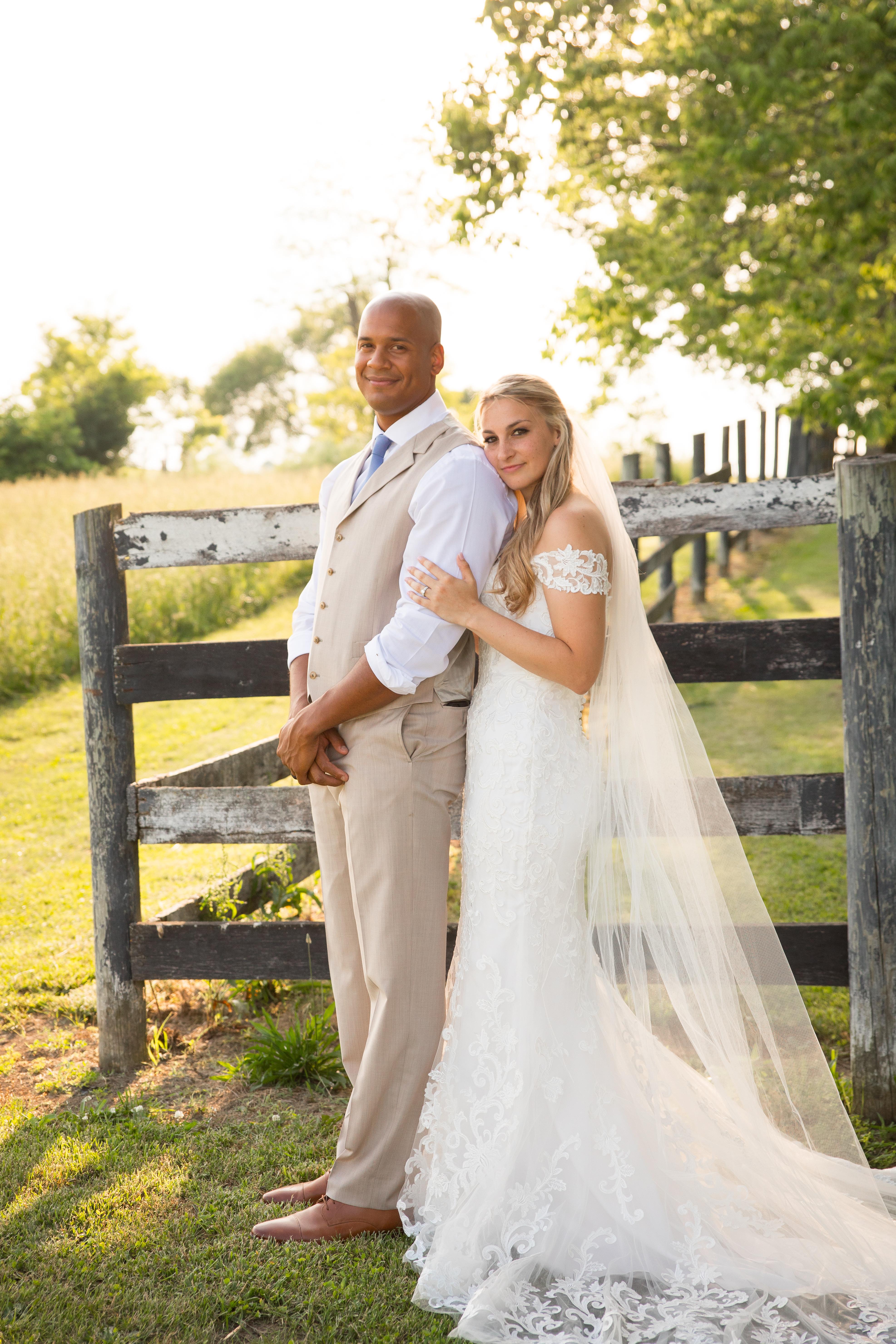 Kentucky farm wedding, bride and groom